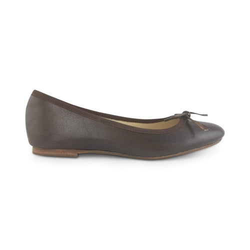 Flat shoes in pelle testa di moro