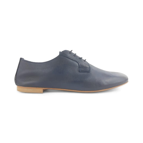 Derby in blue leather