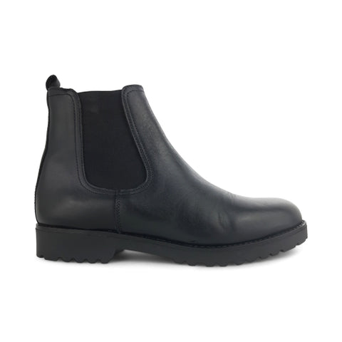 Black leather chelsea boot rubber sole