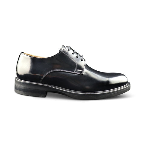 Derby in black abrasive leather