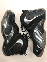 Load image into Gallery viewer, Nike Athletic Shoes Mens 13