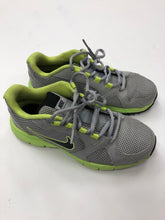 Load image into Gallery viewer, Nike Athletic Shoes Womens 6
