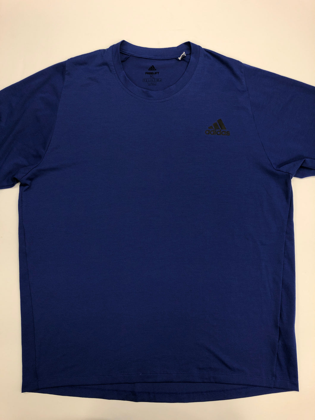 Adidas Mens Athletic Top Size Extra Large