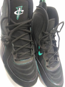 Nike Athletic Shoes Mens 13