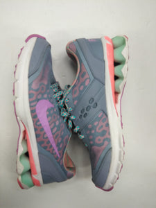 Nike Athletic Shoes Womens 8.5