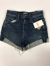 Load image into Gallery viewer, Womens Shorts Size 26