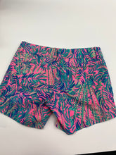 Load image into Gallery viewer, Lilly Pulitzer Shorts Size 0