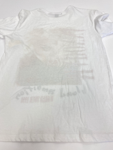 Load image into Gallery viewer, Forever 21 T-Shirt Size Small