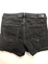 Load image into Gallery viewer, American Eagle Womens Shorts Size 9/10