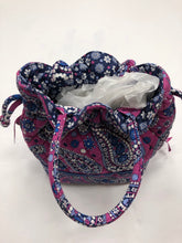 Load image into Gallery viewer, Vera Bradley Purse