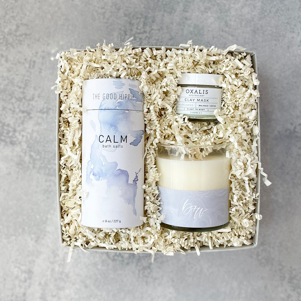 Give the gift of calm, in a petite version! The Petite Spa Gift Box includes everything needed to create the perfect, relaxing bath. From our signature candle to the uplifting bath salts, this gift will surround your recipient in relaxation.