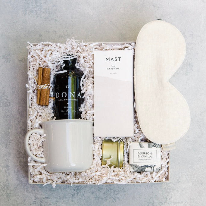 All is warm & all is bright with The Winter White Gift Box. Filled with some of our favorite (neutral) treats, this gift will be sure to show your recipient how much you care.
