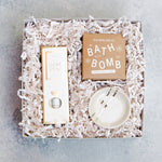 The Petite Bride to Be Gift Box includes all of the celebration of The Blushing Bride, in a smaller package! Pamper the future Mrs. with the BEST smelling bath bomb, a beautiful ring dish and The Gem Pen (to polish her new rock).