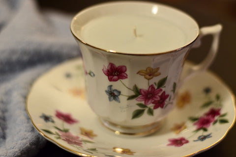 Upcycled Teacup 100% Soy Wax Candle w/ Saucer -- Sweet Pea & Ivy scent