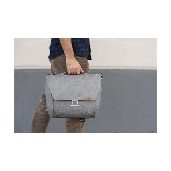 Peak Design Everyday Messenger v2 13L
