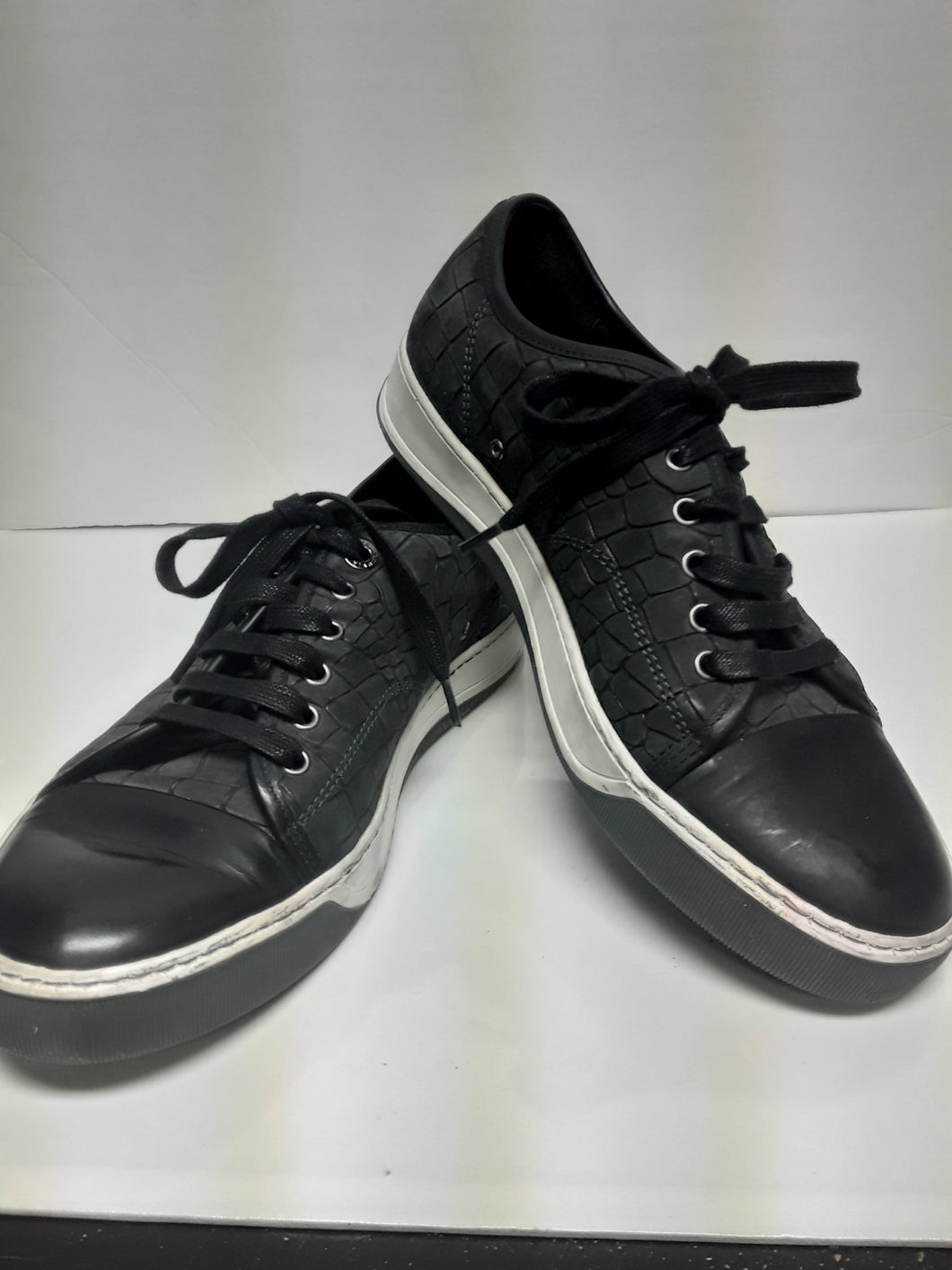 Lanvin Men's Sneakers. Crocodile Embossed Black Leather. 8 to 8.5 Med. Preowned. $199.