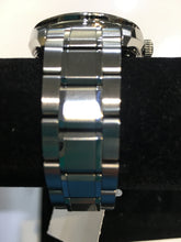 Load image into Gallery viewer, Seiko Automatic 6R 15 Watch. Preowned. $179