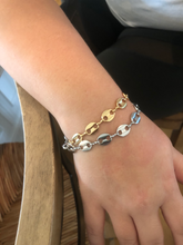 Load image into Gallery viewer, chunky oval link chain bracelet
