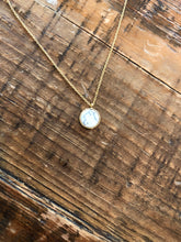 Load image into Gallery viewer, turquoise/white marble round flat pendant necklace