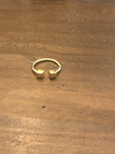 minimalist gold t-bar and cube rings. cube ring. t ring. pinky ring. simple ring. adjustable ring.