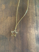 Load image into Gallery viewer, star pendant necklace