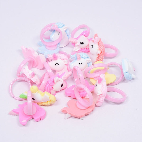 12pc/lot Acrylic Cartoon Unicorn Horse Kids Finger Rings Party Favors Costume Birthday Party Gifts for Guest Baby Party Supplies