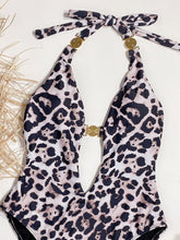 Load image into Gallery viewer, Sexy Halter Backless Print Leopard Swimsuit