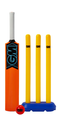 GM Striker Cricket Set (8-11 yr olds)