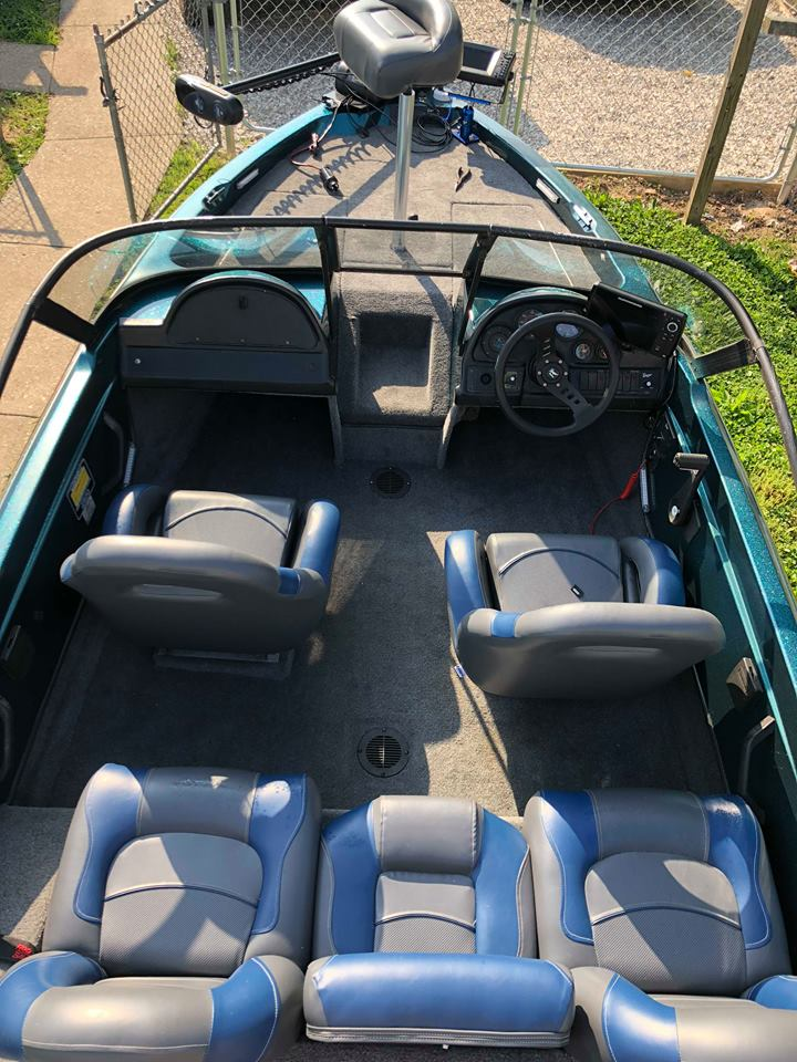 new ranger boat seats