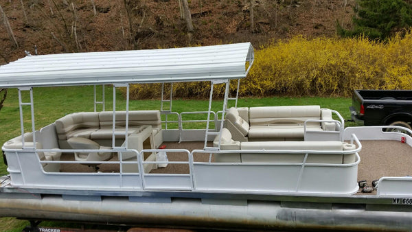 tan and beige pontoon seats
