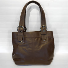 Load image into Gallery viewer, Coach Brown Leather Purse