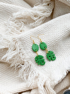small monstera — dangle earrings