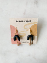 Load image into Gallery viewer, umbrella — dangle earrings