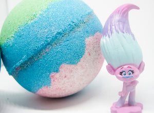 Betty's Bath & Body Shop - Troll Bath Bomb