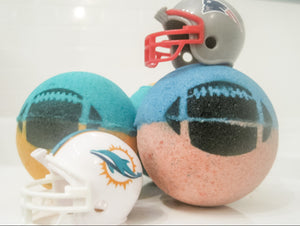 Betty's Bath & Body Shop - Football Bath Bomb