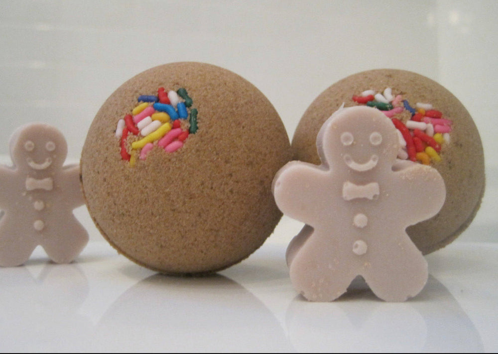 Betty's Bath & Body Shop - Gingerbread Bath Bomb