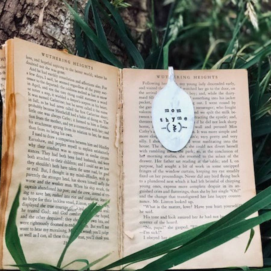 Sweet Thyme Design - Mom Thyme Bookmark