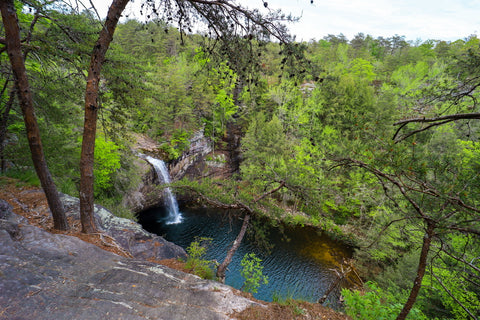 Climbers loop overlook of foster falls within south Cumberland State Park in Tennessee