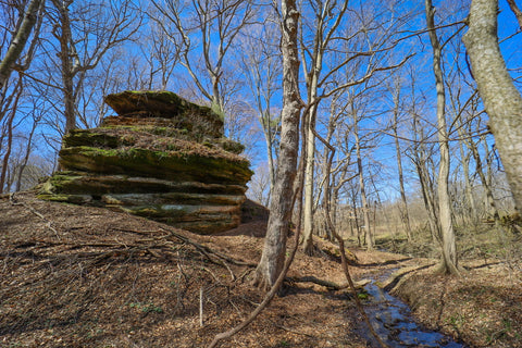 tea table rock formation in portland arch nature preserve in indiana