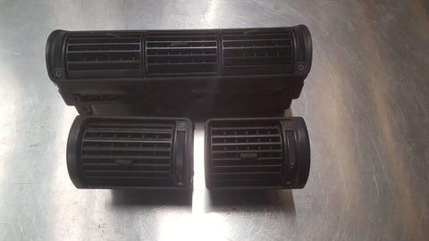 AUDI A4 B5 AIR VENTS SET 8D0820951 8D2820901 8D2820902 - RM PARTS