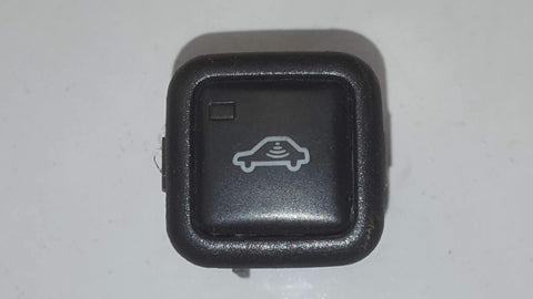 AUDI A3 8L ANTI TOW ALARM DEACTIVATION SWITCH 4B0962109A - RM PARTS