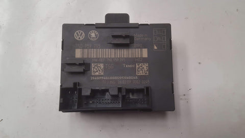 SKODA SUPERB MK2 REAR LEFT DOOR CONTROL MODULE 7N0959795 - RM PARTS
