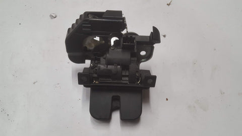 SKODA SUPERB MK2 TAILGATE LOCK MECHANISM 3T5827520A - RM PARTS