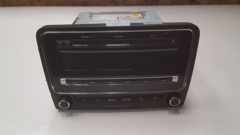 SKODA SUPERB MK2 SWING RADIO CD MP3 PLAYER WITHOUT CODE 3T0035186 - RM PARTS