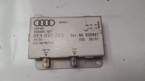 AUDI A4 B6  ANTENNA AMPLIFIER 8E9035225