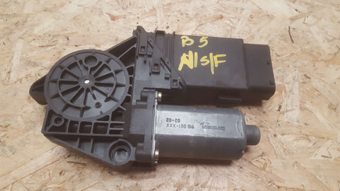 VW PASSAT B5 FRONT LEFT SIDE WINDOW MOTOR 1C2959801