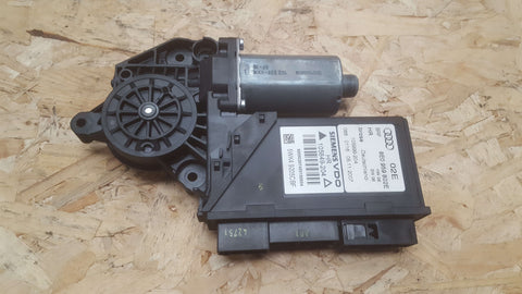 AUDI A4 B7 REAR RIGHT SIDE WINDOW MOTOR 8E0959802E