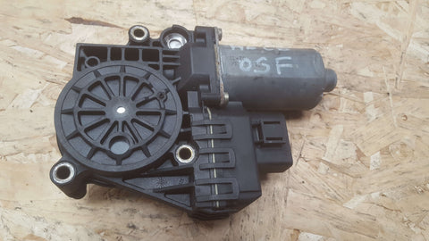 AUDI A6 C5 FRONT RIGHT SIDE WINDOW MOTOR 4B0959802E