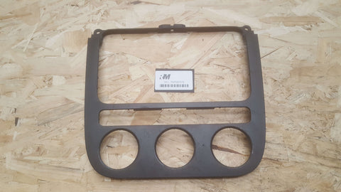 VW GOLF MK5 CENTRE CONSOLE TRIM 1K0858071E
