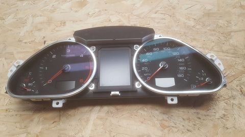 AUDI A6 C6 INSTRUMENT CLUSTER SPEEDOMETER 4F0920983G